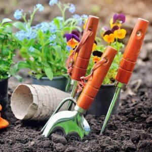 أدوات حدائق